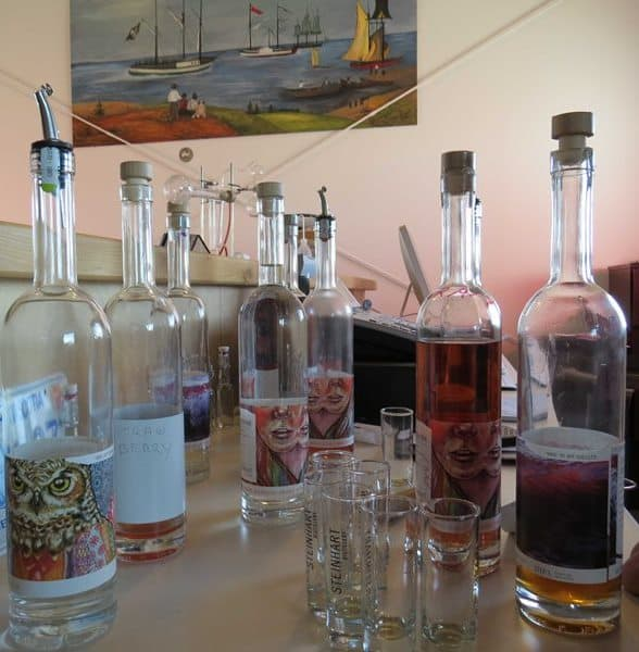 Steinhart Vodka - Artist Labels